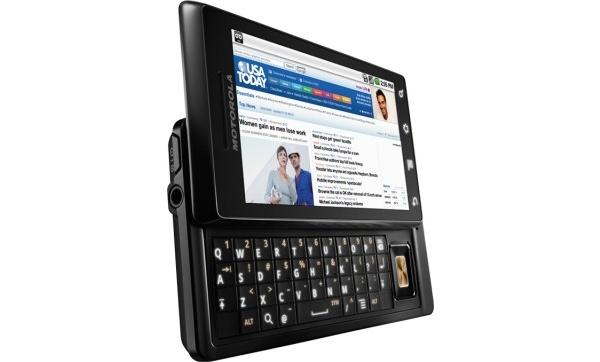 Toistaiseksi paras Android-puhelin julki: DROID Motorolalta