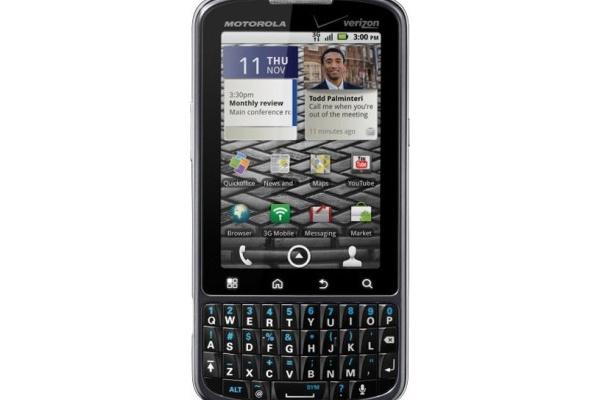 Motorolan Droid Pro on Blackberryjä muistuttava Android-puhelin