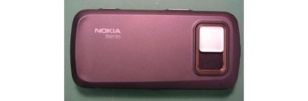 Nokia N97 esiintyy pinkkinä