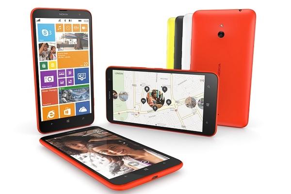 Keskihintaisen Nokia Lumia 1320 -puhletin myynti alkamassa vihdoin myös Suomessa