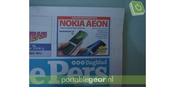 Nokian 12 megapikselin kosketunäyttöpuhelin verkkokaupan lehti-ilmoituksessa