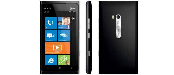 Nokia Lumia 900 myytiin loppuun AT&T:n verkkokaupassa