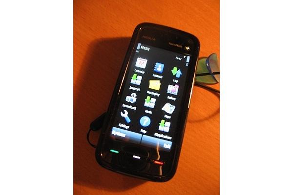 Nokian 5800 XpressMusic -kosketusnäyttöpuhelin saatavilla Suomesta kahden viikon kuluttua