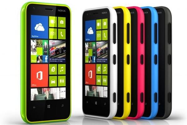 Nokia esitteli uuden Lumia 620:n