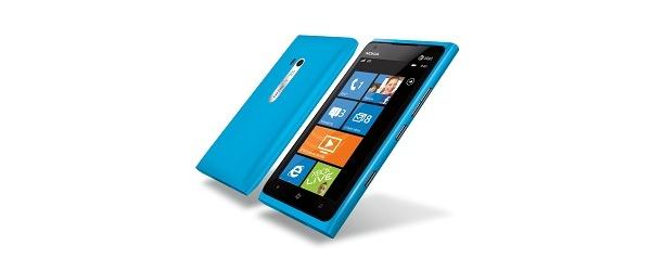 Nokia Lumia 900 tulee myyntiin Yhdysvalloissa polkuhinnoin