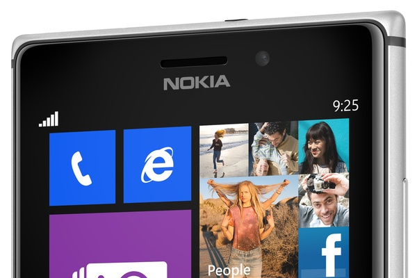 Tästä syystä Lumia 925:n näyttö on esikuva