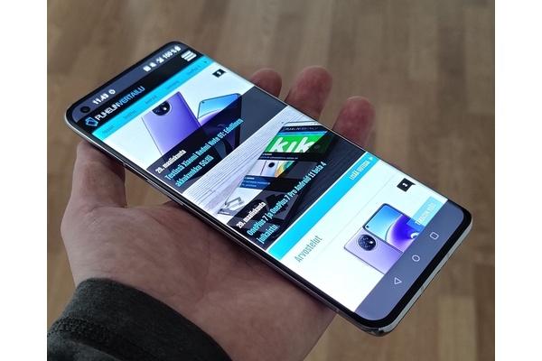 Tämän vuoksi OnePlus ei pidä melua kännyköidensä vesitiiviydestä