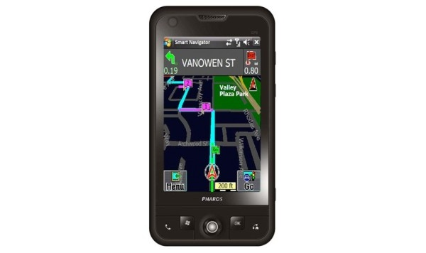 Pharos Traveler 137 - mielenkiintoinen Windows-älypuhelin