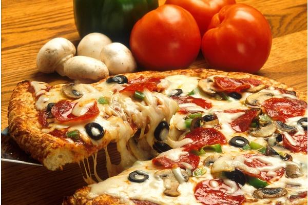 Maailman kallein pizza: Kaksi perhepitsaa, yhteensä 317 miljoonaa euroa