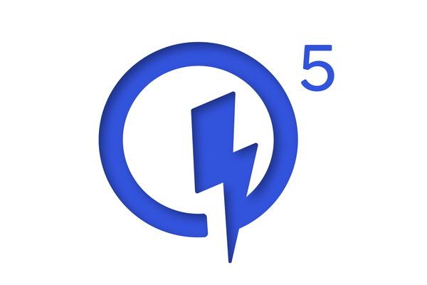 Qualcomm Quick Charge 5 tukee yli 100 watin latausta - 0-50 prosenttia 5 minuutin latauksella