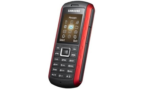Samsungilta iskunkestävä Xplorer-puhelin