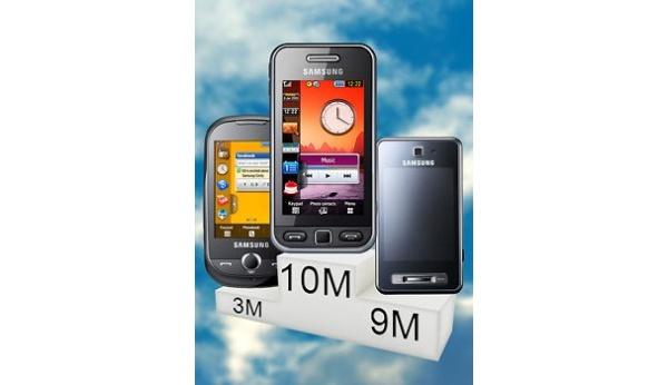 Samsungin kosketuspuhelinmyrsky: 50 miljoonaa jo kaupaksi