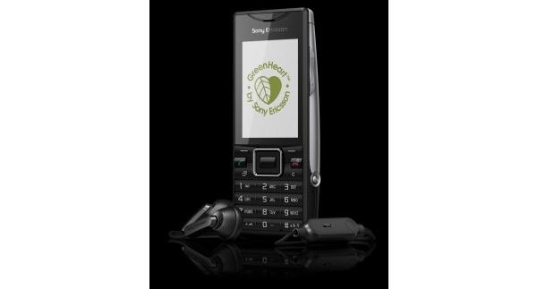 Sony Ericsson julkisti GreenHeart-uutuuspuhelimensa: Elm ja Hazel