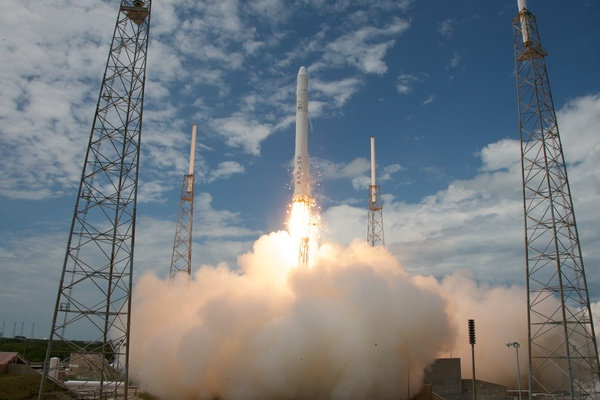 SpaceX releases new Falcon 9 rocket footage in crisp 4K