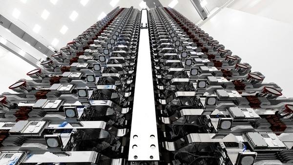 Elon Musk sends first Starlink satellite tweet