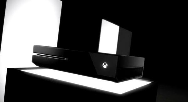 Microsoft demonstrerer Xbox One controller, charge kit og headset i nye videoer