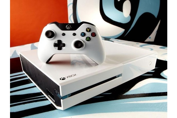 Microsoft confirms White Xbox One bundle details