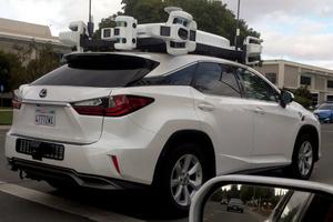 Apple tutkii teknologiaa itsestään ajavaan autoon – Tekoäly tunnistaa jalankulkijan