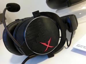 Pelaajan valinta: kokeilussa Creative Sound BlasterX H7 kuulokemikrofoni
