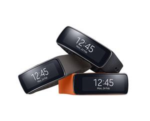 Testissä Samsung Gear Fit: Älykello vai fitness-ranneke?
