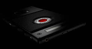 "Camera manufacturer RED announces a ""holographic"" smartphone"