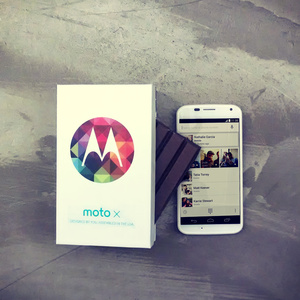 Android 4.4 KitKat makes its way to the Moto X