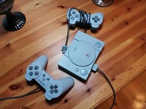 Päivän diili: PlayStation Classic on taas tarjouksessa - hinta nyt 25 euroa Cdonilla