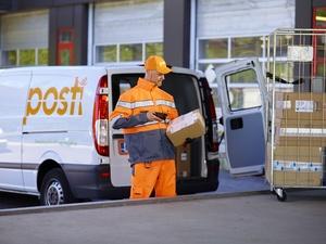 Posti nopeuttaa kotiintoimituksia ja vastaanottaja voi seurata paketin toimitusta reaaliaikaisesti kartalla