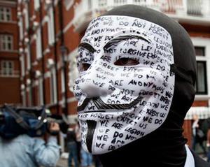 FBI waarschuwt de overheidsinstanties voor inbraken Anonymous hackers