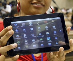India to sell 100,000 tablets priced at $22