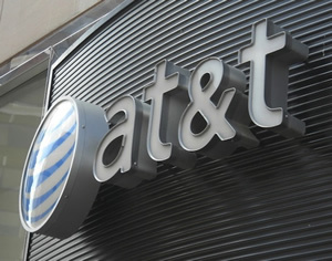 AT&T: New customers can only get data-share plans now