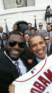 Samsung's promo of Obama selfie irks White House