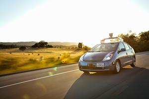 Googlen itsestään ajavat autot ohjelmoitu ylittämään nopeusrajoitukset