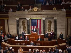 Obaman laki menee nurin – Operaattorit saavat luvan myydä selaushistoriaa mainostajille