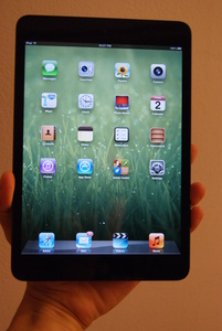 Sharp cuts iPad display production as demand shifts to iPad Mini