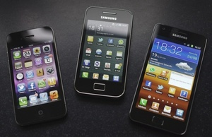Samsung owes Apple $1.05 billion after patent victory