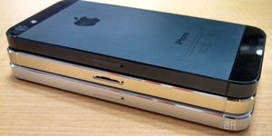 Even more pictures revealed of gold color iPhone 5S