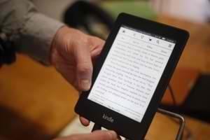 Ebook sales accounted for 22.5 percent of book industry's revenue in 2012