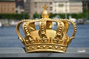 Ruotsi aikoo luopua käteisestä – Keskuspankki testaa virtuaalivaluutta e-Kruunua