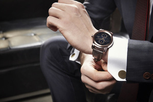 Check out the new sleek LG Watch Urbane in action