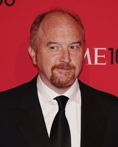 Comedian Louis CK: The whole country of Australia pirates