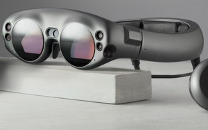 Hyped AR startup Magic Leap talks price