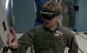 Microsoftin HoloLens pääsee NASA:n matkassa avaruuteen