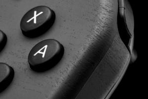 PSA: Don't apply vinyl skin / wrap to Nintendo Switch or Joy-Cons