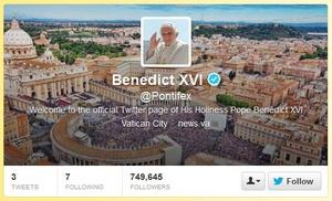 Paavi lähetti ensimmäisen tweettinsä
