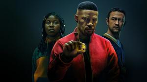 Netflixin kaikki uudet Originals-elokuvat elokuussa: Jamie Foxxin supersankarielokuva ja Rob Scheiderin stand-up