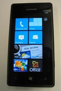 Testissä Samsungin Windows Phone 7 -puhelin