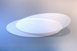 Schott udvikler ultra tyndt glas og gør chips billigere