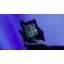 Samsung paljasti taittuvan Galaxy Foldin  – Hinta lyö ällikällä