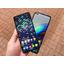 Vertailussa Samsung Galaxy A52 5G vs Motorola Moto G100: kumpi kannattaa ostaa?